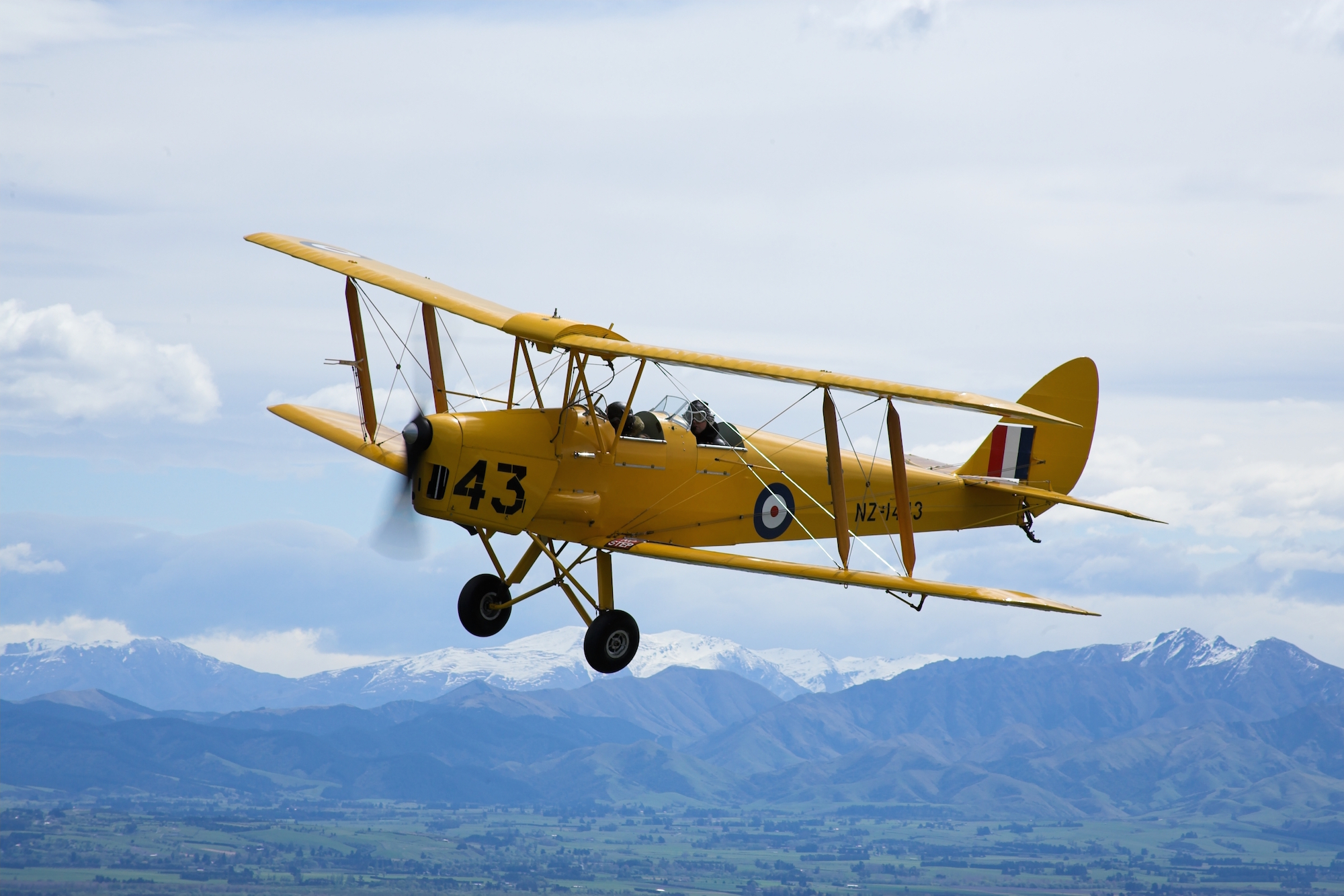 Our DH Tiger Moth '43'